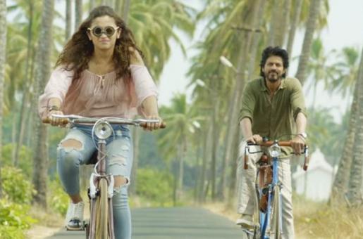 10 Life Lessons Shah Rukh Khan's Dear Zindagi Taught us