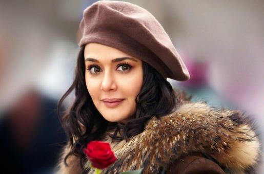 """""""Happy,"""" says Preity Zinta after her third COVID-19 test in Dubai is negative"""
