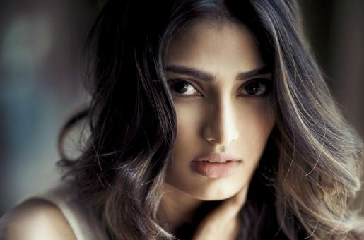 Athiya Shetty Shares Why She Took A Break From Films Before Motichoor Chaknachoor