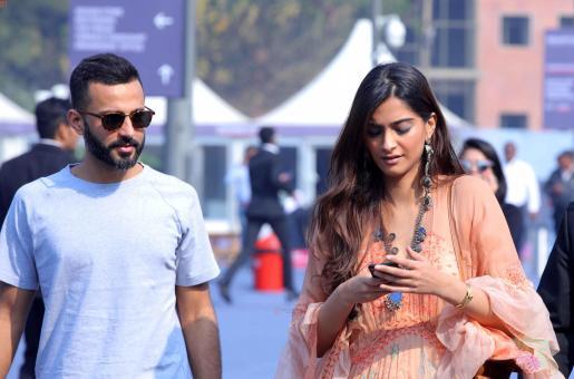 PICS: Sonam Kapoor's NYC Holiday With Rumoured Beau Anand Ahuja