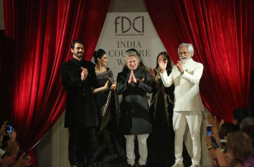 Wow! Rohit Bal's Royal Take on Festive Wear Will Inspire You