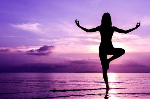 Must-Try Yoga Poses to Slim Down This Summer