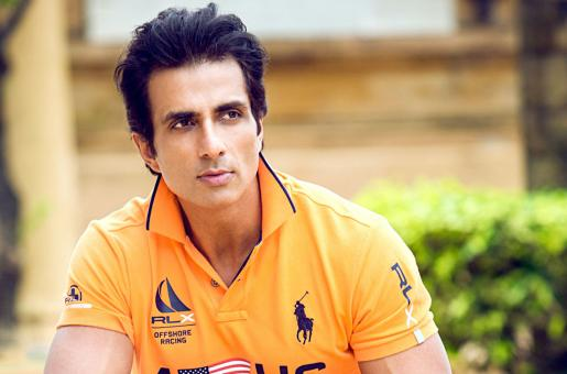 Sonu Sood Pays a Heart-Warming Tribute to His Late Mother