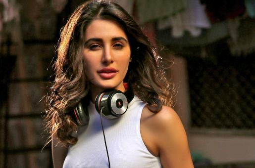 Nargis Fakhri Seems Like She's Dating Someone, and it's Not Uday Chopra!