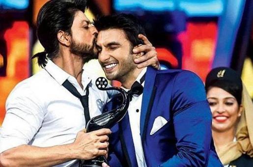 Shah Rukh Khan Gave Padmaavat a Short Review After Ignoring Ranveer Singh on Twitter