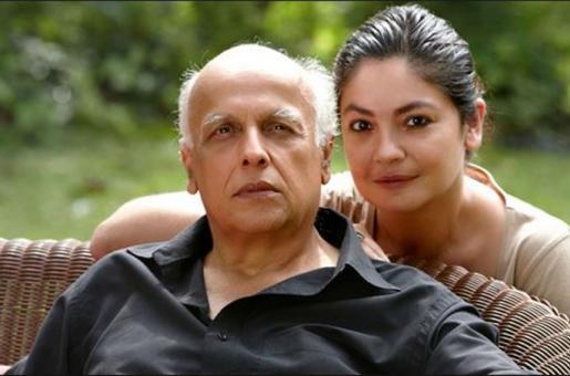 Pooja Bhatt to Write her Second Book on Dad Mahesh Bhatt