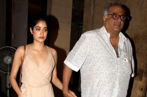 Boney Kapoor to Fly to Delhi With Daughters for Sridevi's National Awards