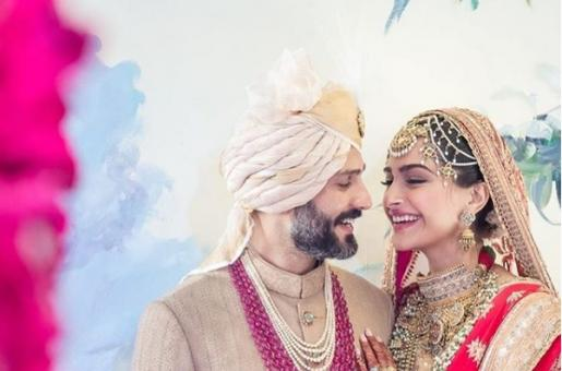Sonam Kapoor Wedding Reception Gossip: Salman Khan's 'Date', Anil Kapoor's Dance and Shah Rukh Khan's Song
