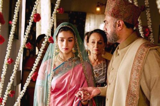 Raazi Movie Review: Alia Bhatt's Latest Film is a Must-Watch