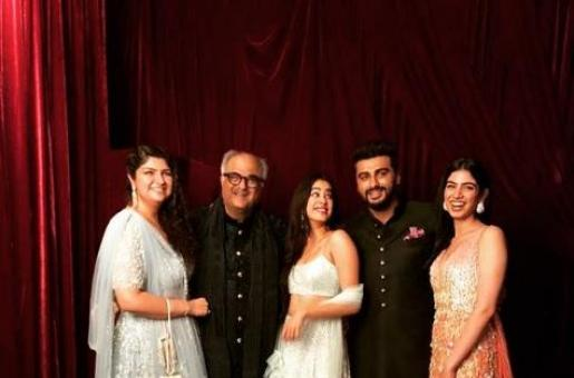 Arjun Kapoor and Sis Anshula to Move in Together with Janhvi Kapoor and Khushi?