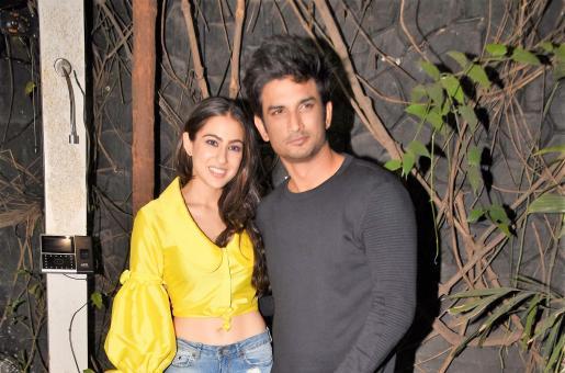 'Kedarnath' Wrap-Up Bash: Sara Ali Khan and Sushant Singh Rajput Party Hard at the Event!