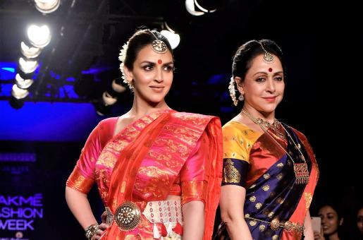 THIS is Why Esha Deol Lost Her Cool at the Lakme Fashion Week