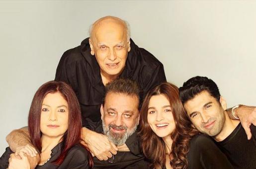 Mahesh Bhatt Returns to Direction. Casts Alia Bhatt in 'Sadak 2'