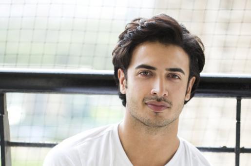 Will Vinod Chopra Drop Alleged Abuser Zain Mallik Durrani from His Film?
