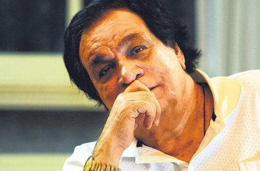 Kader Khan Passes Away, But Bollywood has No Time to Mourn Him