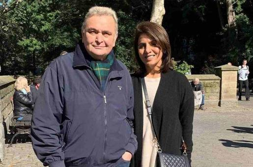 Good News! Rishi Kapoor's Treatment is going on Well, Will Return to India Soon