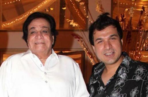 Kader Khan's Son to Personally Receive His Late Father's Padma Shri Award