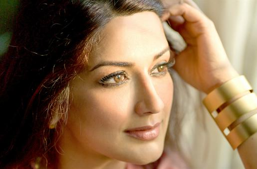 Sonali Bendre Told Her Son About Her Cancer - This is Why