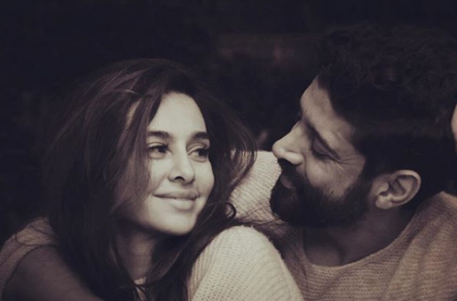 CONFIRMED! Farhan Akhtar and Shibani Dandekar To Get Married In May