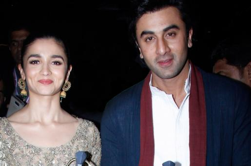 Ranbir Kapoor Rang in Alia Bhatt's Birthday With This Gift and All We Can Say is Wow!