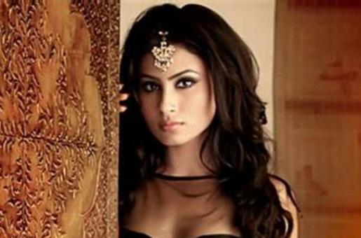 Meet Mouni Roy – The Villain in Ranbir Kapoor-Alia Bhatt Starrer 'Brahmastra'