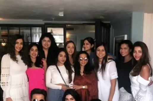 Sonam, Janhvi And More Gather To Celebrate Anil Kapoor's Wife Sunita's Birthday