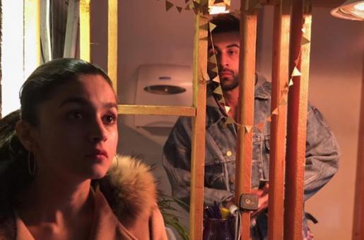 Ranbir Kapoor Gazes at Alia Bhatt from Afar in New 'Brahmastra' Still