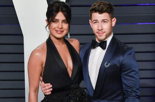 Nick Jonas Signs 'I Love You', Priyanka Chopra Titled the 'Best Wife' After Doing this at the Jonas Brothers' Concert