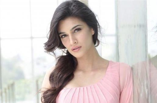 Kriti Sanon Has An Unusual Solution To How A Film Should Give Credits To Its Stars