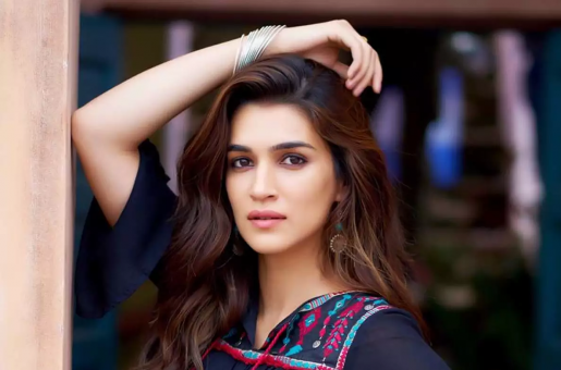 """Kriti Sanon on Gender Discrimination: """"I Am Glad We Are Talking About It"""""""