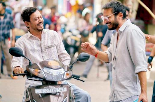 Angrezi Medium: Irrfan Khan is All Smiles and Joyful on the Sets of His Upcoming Flick