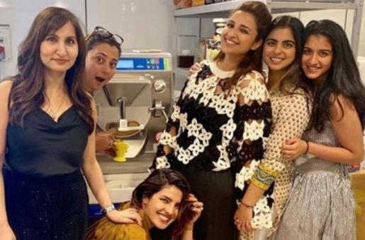 BFFs Priyanka Chopra and Isha Ambani Try Their Hands at Homemade Ice Cream! Alia Bhatt Missed in Action