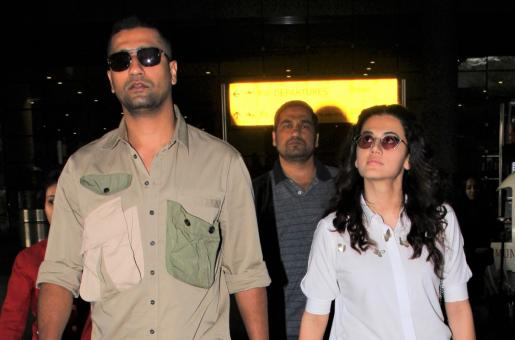 Vicky Kaushal and Taapsee Pannu Have an Airport Reunion!