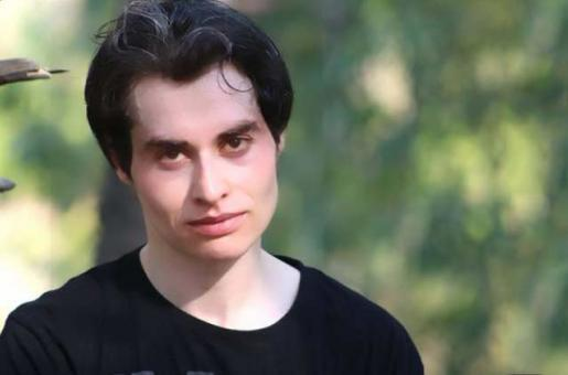 Nasir Khan Jan Was Lambasted on a TV Show by Anchors and Twitterati Showed Support to the Vlogger