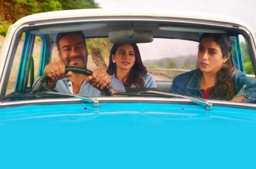'De De Pyaar De' Movie Review: Watch it for Tabu, Skip it for Pseudophilosophy