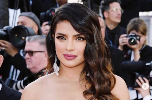 Priyanka Chopra at Cannes 2019: How To Get Her Graphic Black Liner Look