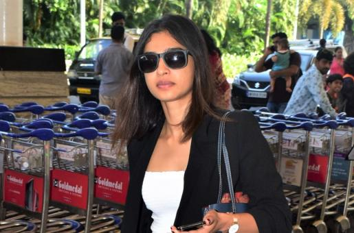 Radhika Apte is a Natural Beauty for Her Airport Visit