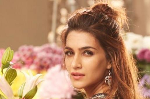 Kriti Sanon Celebrates Five Successful Years in Bollywood