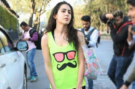 Sara Ali Khan Snapped In a Pensive Mood