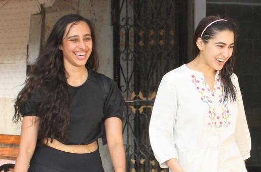 Sara Ali Khan and Namrata Purohit are Totally Cute Gym Buddies!