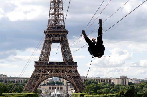 Eiffel Tower Launches Zip Lining