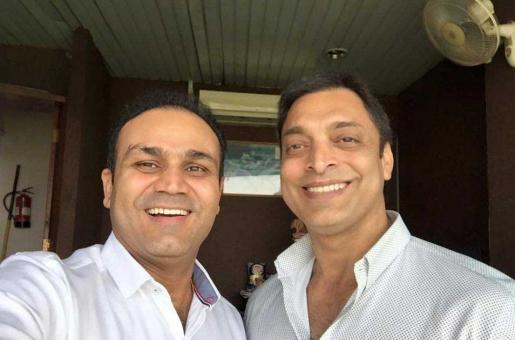 Shoaib Akhtar, Virendar Sehwag Predict Winners of Pak-India World Cup Clash