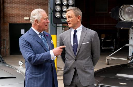 Prince Charles bonds with 007 Daniel Craig on James Bond set: Netizens React