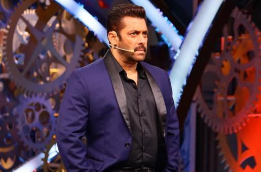 Salman Khan's Pic with a Person of Determination is Him Being Human and We Love It