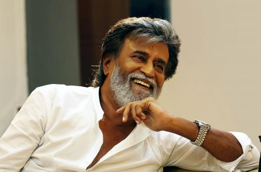 Rajnikanth Gets Mobbed By Fans As He Arrives at Chennai Airport