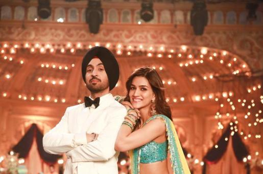Diljit Dosanjh and Kriti Sanon's Arjun Patiala Song Main Deewana Tera is the Perfect Party Anthem!