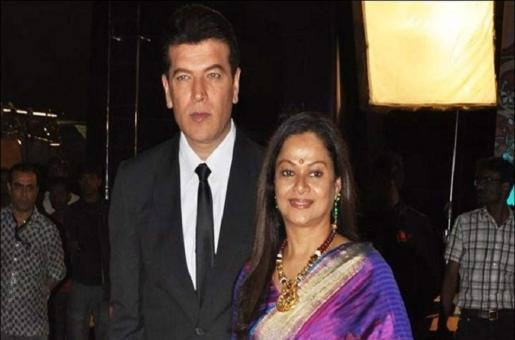 FIR Against Aditya Pancholi for Alleged Rape. This is What His Wife Zarina Wahab Has to Say