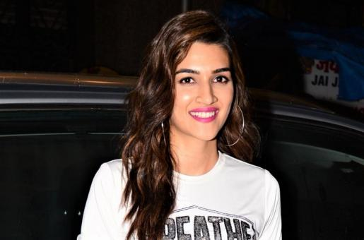 Kriti Sanon Doesn't Enjoy Preachy Films, Feels Comedy Is The Best Way To Put A Message Across!