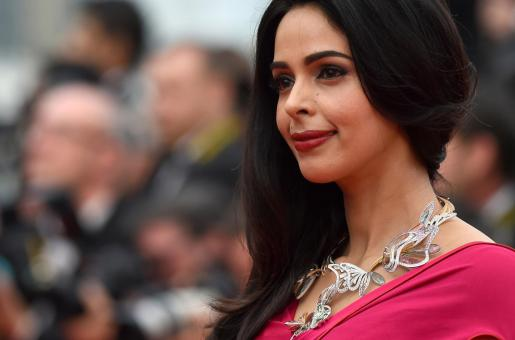 Mallika Sherawat Is In No Hurry To Have Children, Says They Are Too Much Responsibility