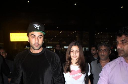 Alia Bhatt and Ranbir Kapoor Return from New York City, See Pics